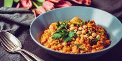 Salada de lentilhas, cenoura e requeijão. Uma proposta vegetariana